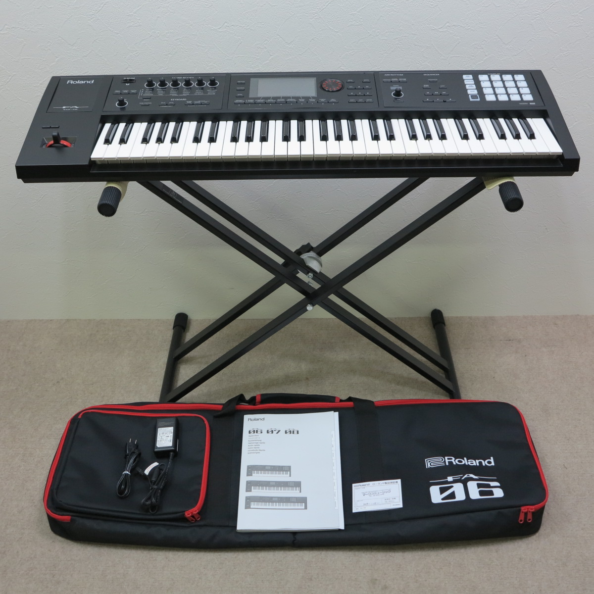 Roland FA-06 シンセサイザー Music Workstation